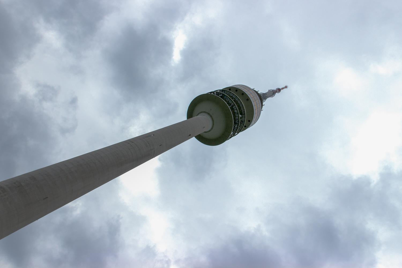 Olympiaturm München Handrugan