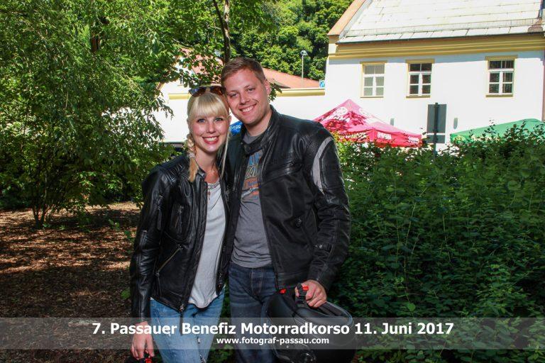 Selfies am Passauer Benefiz Motorradkorso