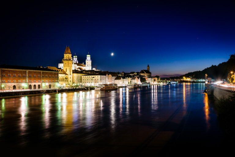 Passau Dom bei Nacht