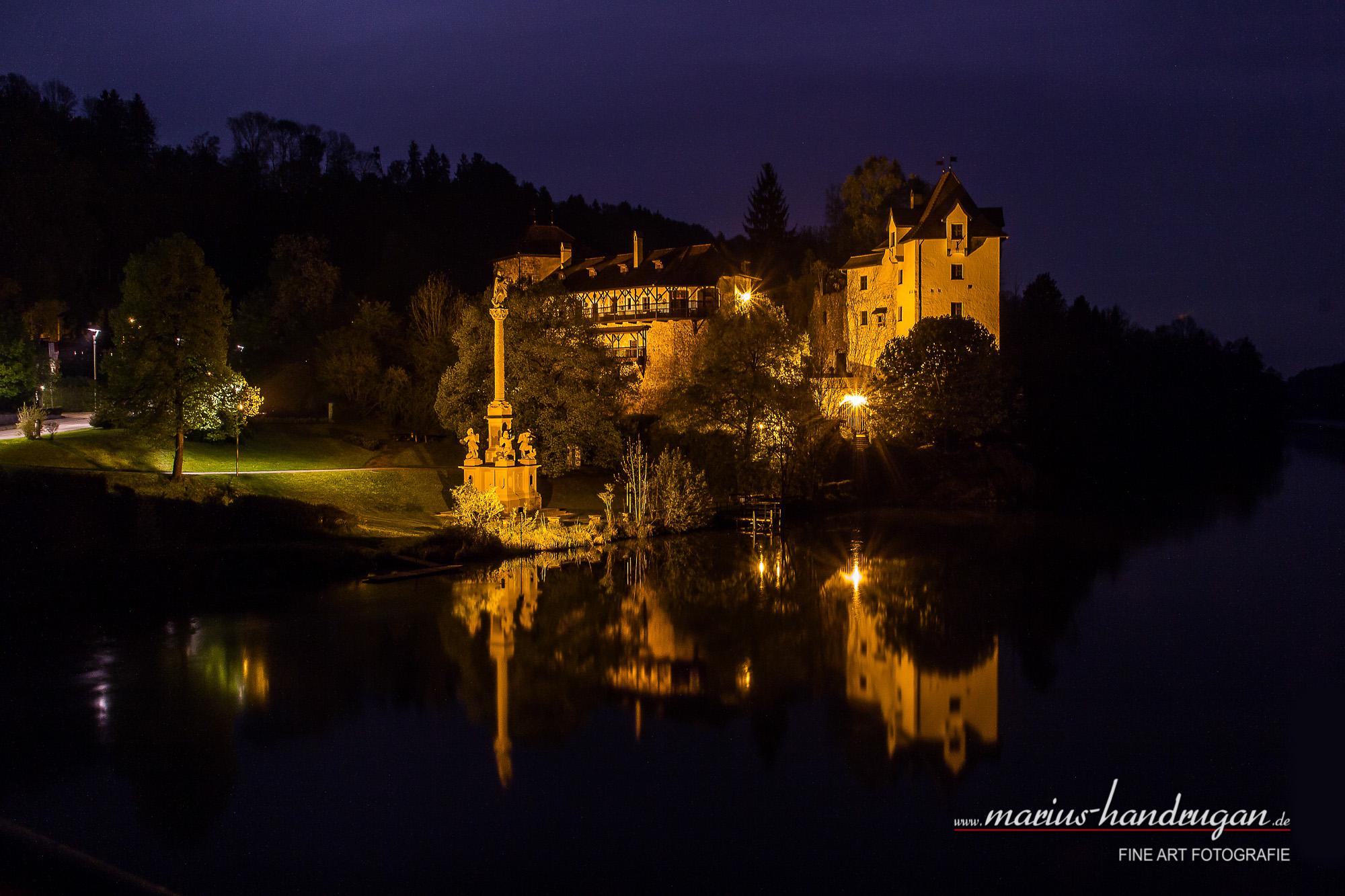 Burg Wernstein bei Nacht