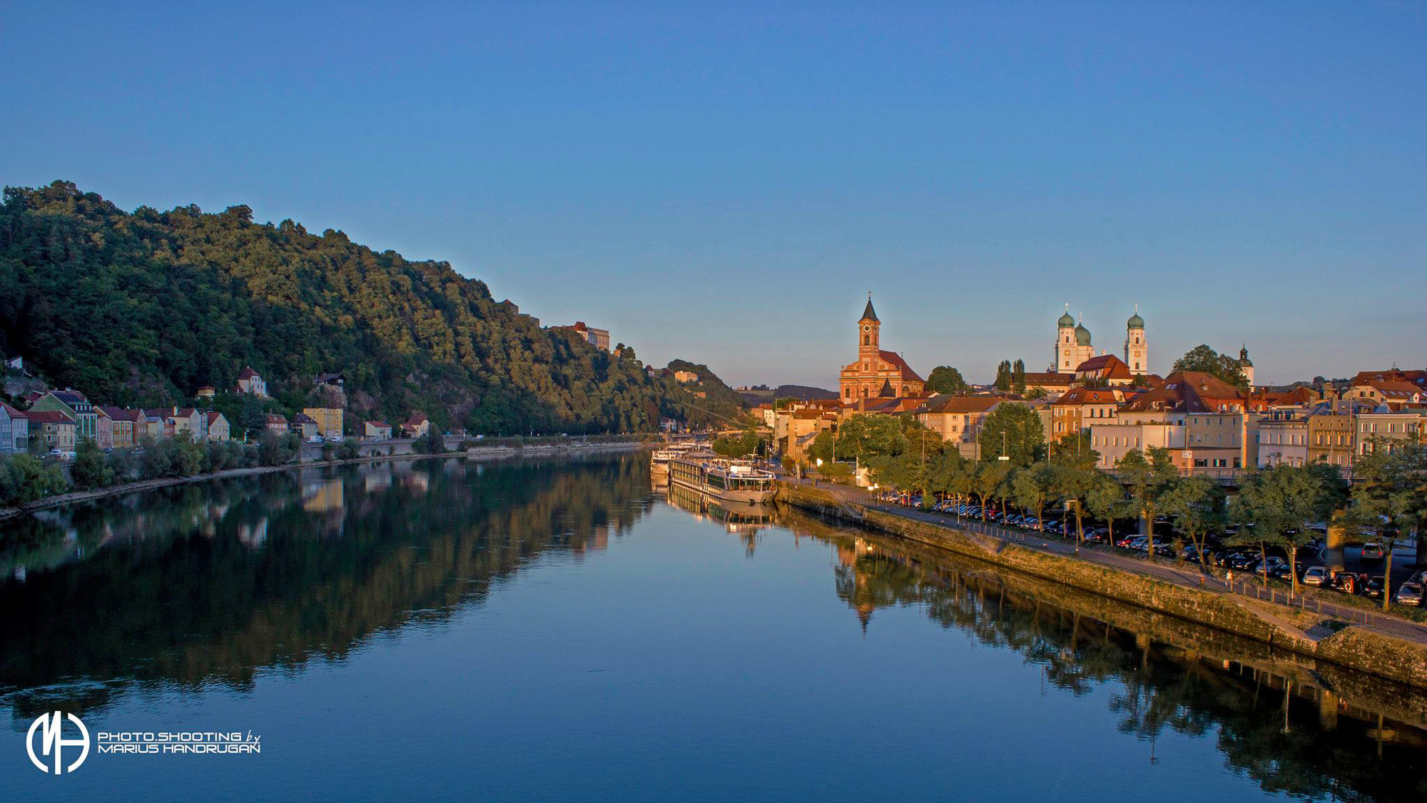 Sonnenuntergang über der Donau