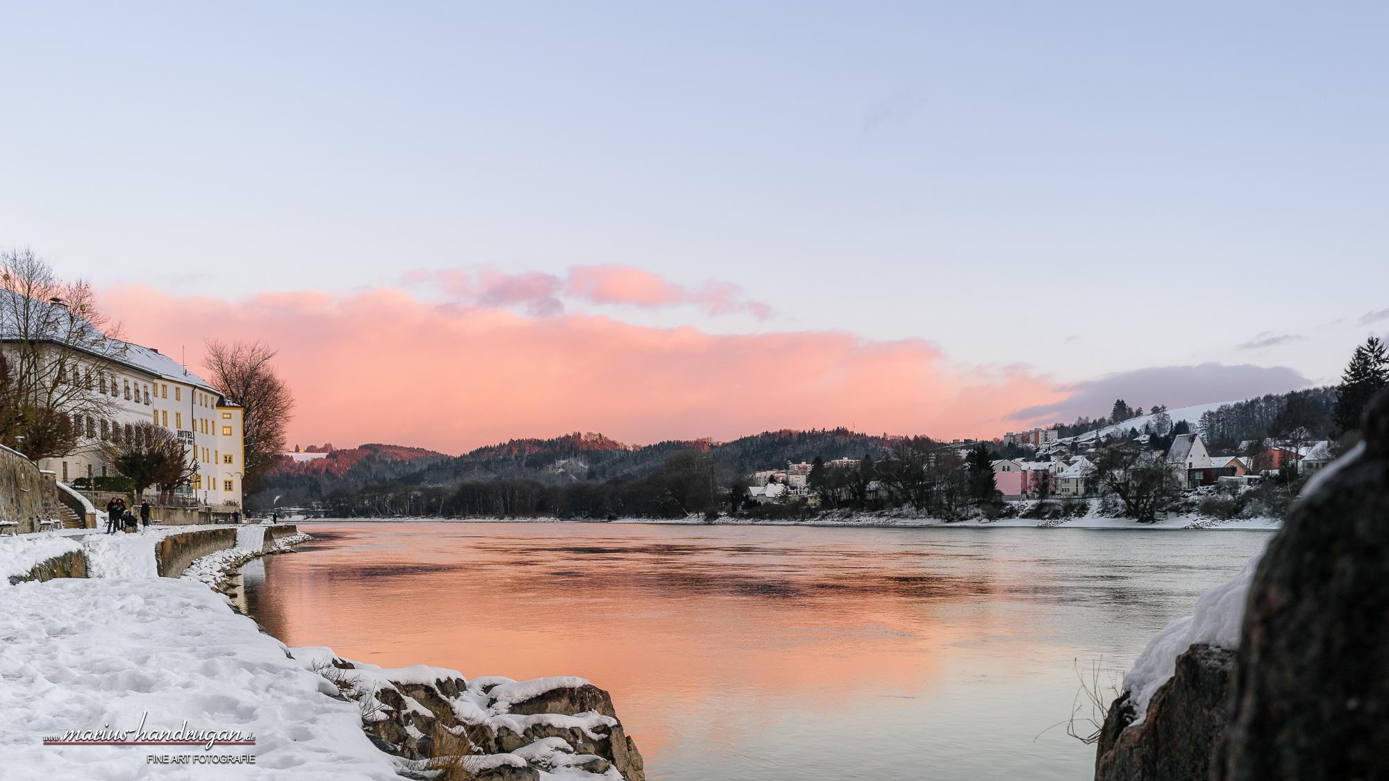 Sonnenuntergang über winterliches Passau